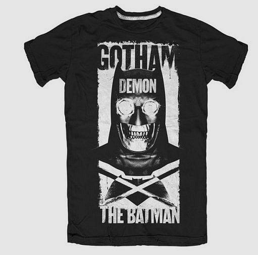 Batman-vs.-Superman-T-Shirt