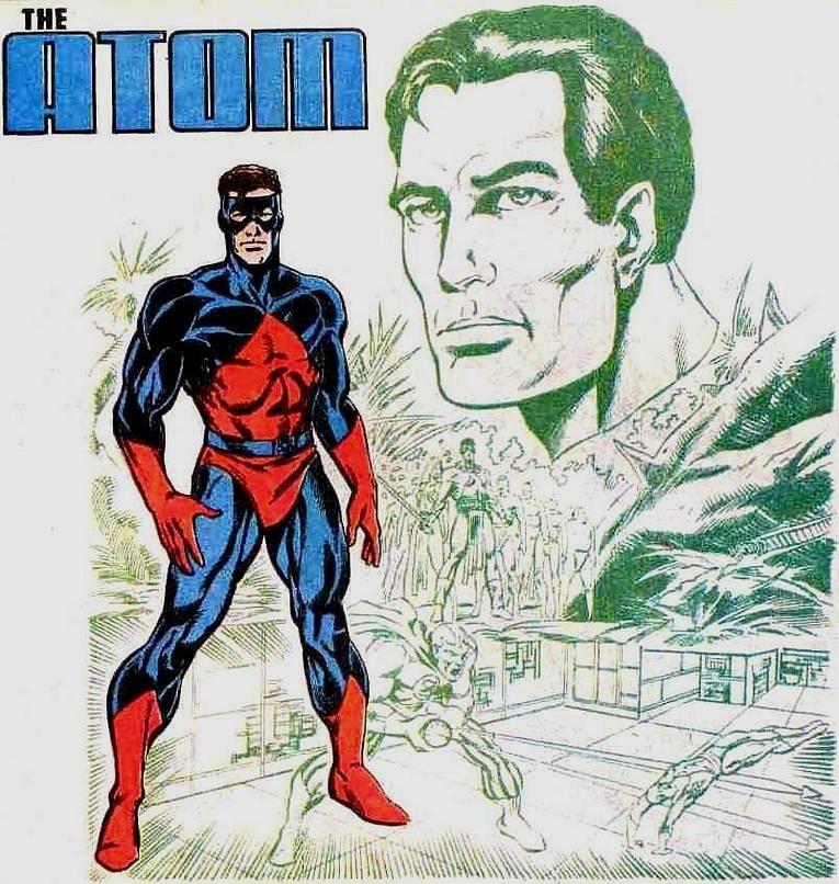 Power of the Atom serisinde kırmızı ve mavi tonlarında bir kostümle saçı açık şekilde daha genç görünümlü bir halde görmekteyiz